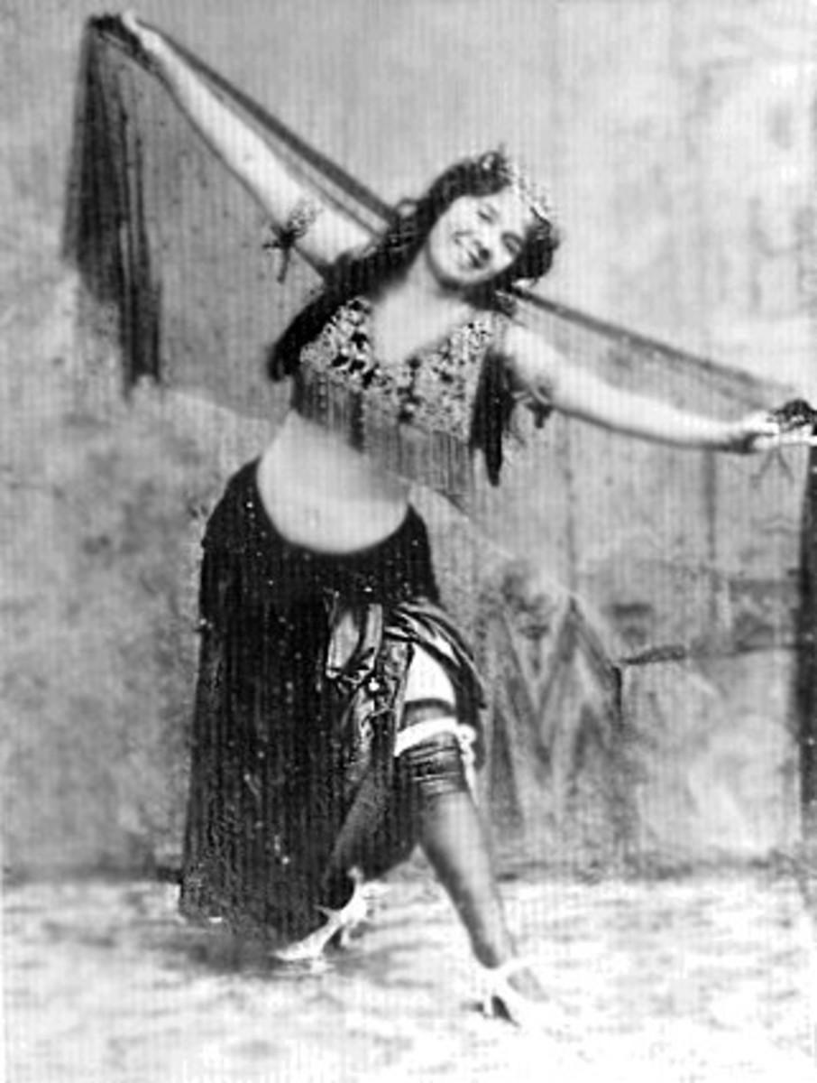 THE FAMOUS EXOTIC DANCER, LITTLE EGYPT