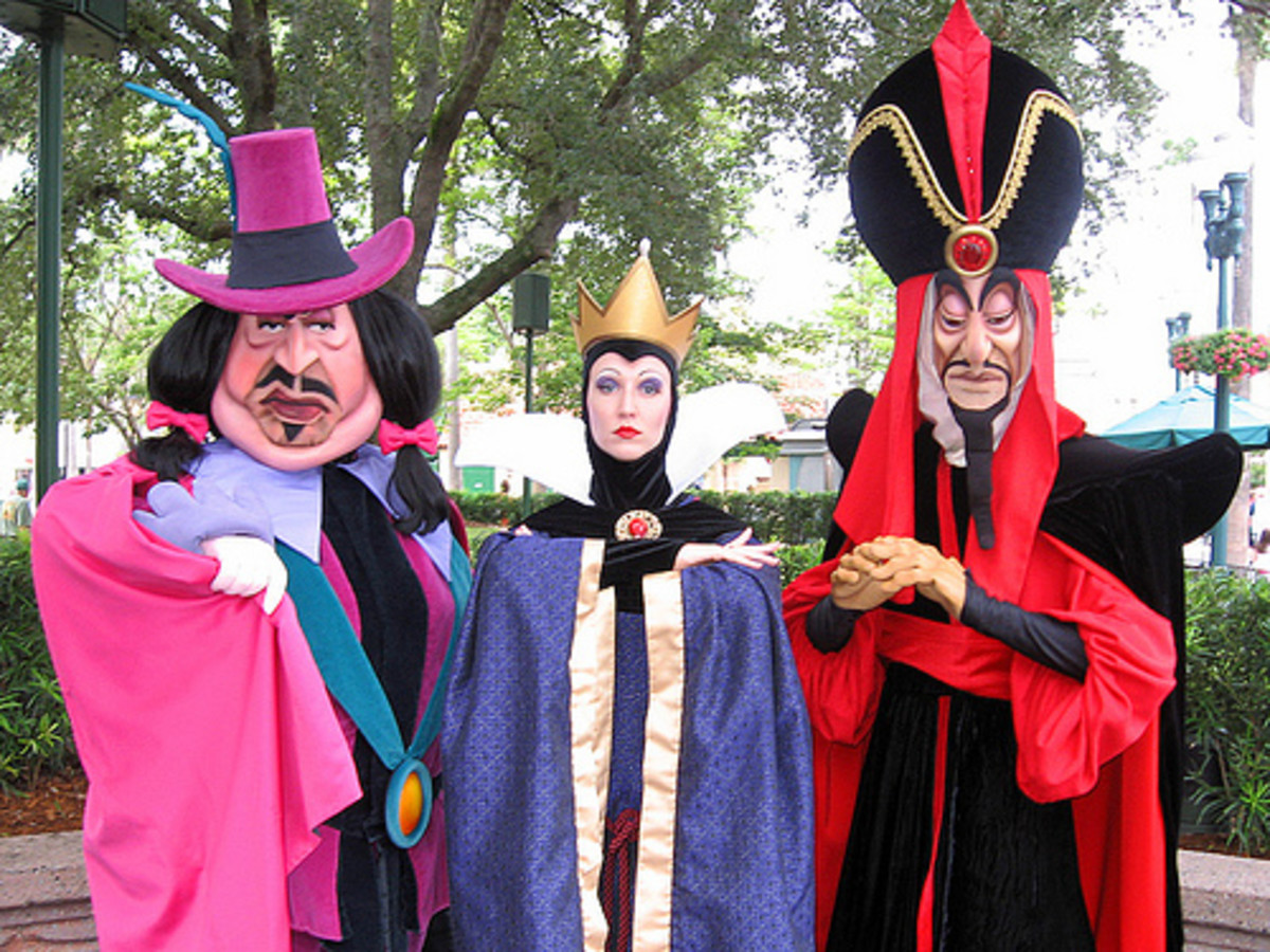"""Mickey Isn't The Only One Who """"Comes To Life"""" At Disney World"""