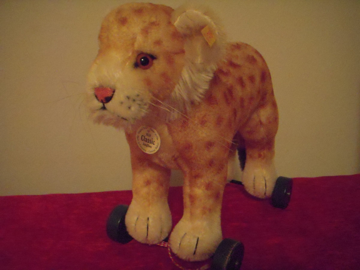 how-to-collect-steiff-toy-animals