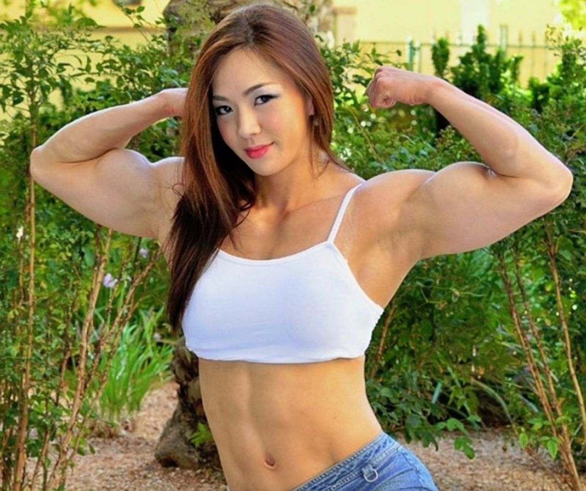 Jhi Yeon-woo - Korean Female Bodybuilder