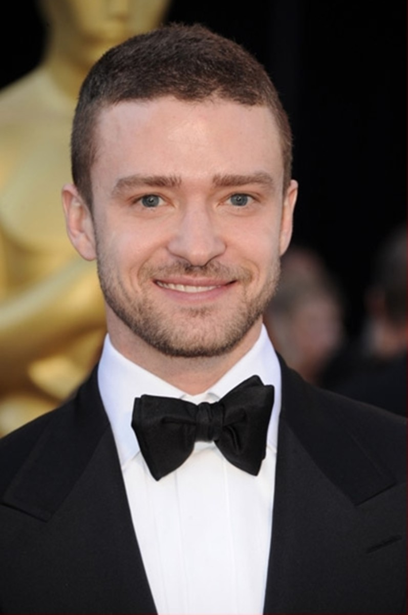 Justin Timberlake, 32, at the Academy Awards.  Justin's short hair style is buzz cut that is longer on top.  Edgy and stylish. - 2013 Hairstyles for Men Short Medium Long Hair Styles Haircuts, by Rosie2010