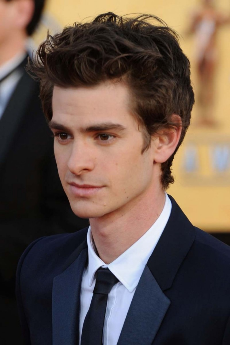 Andrew Garfield, 29, at the SAG Awards. Andrew's medium hair is styled in a messy front wave. Very trendy. - 2013 Hairstyles for Men Short Medium Long Hair Styles Haircuts, by Rosie2010
