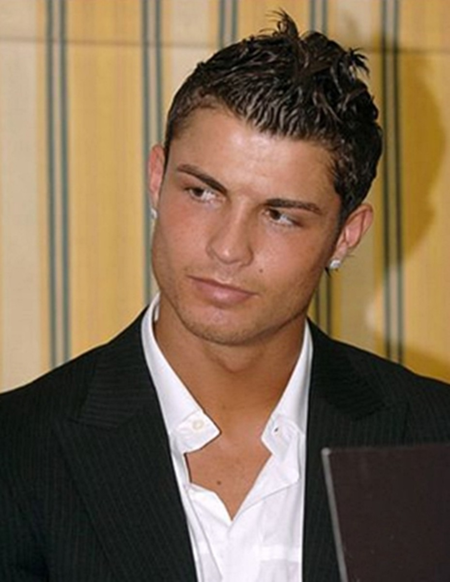 Christiano Ronaldo, 28, arguably the most famous footballer today, looks so cool and trendy with his medium hair style. - 2013 Hairstyles for Men Short Medium Long Hair Styles Haircuts, by Rosie2010
