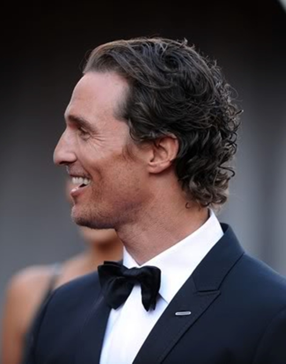 Matthew McConaughey, 43, at the Academy Awards.  He looks dashing with his long wavy hair. - 2013 Hairstyles for Men Short Medium Long Hair Styles Haircuts, by Rosie2010