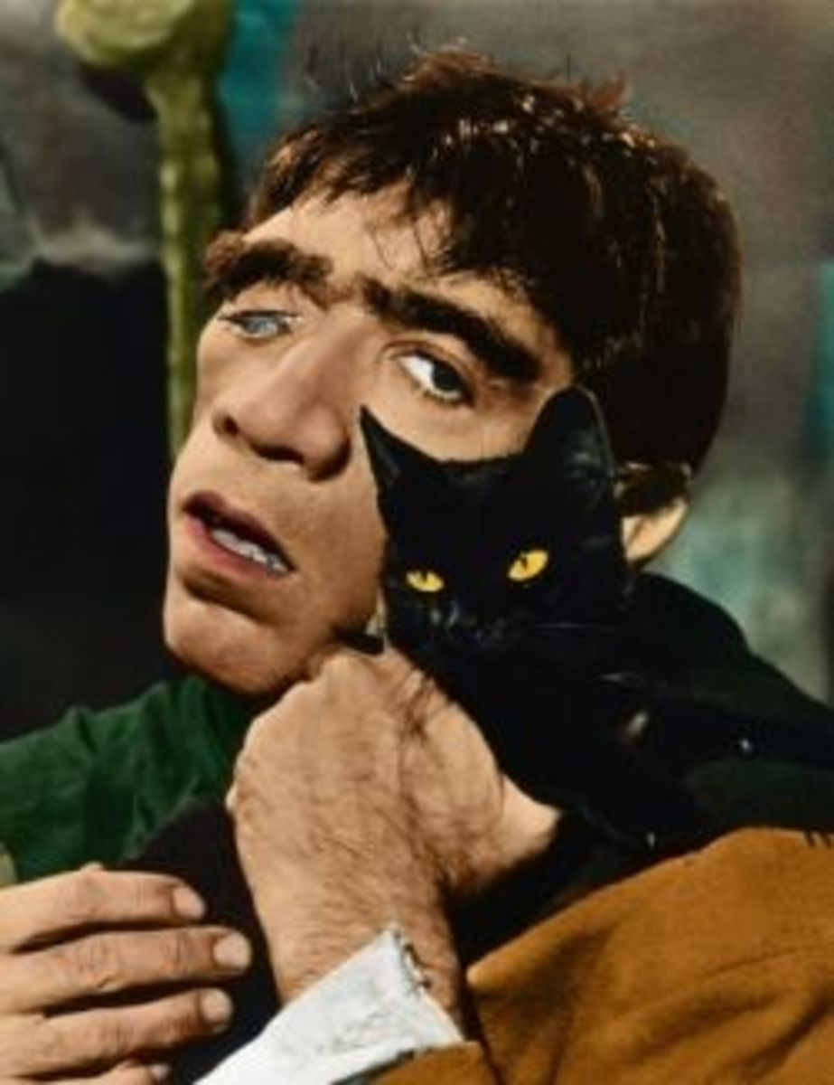 Anthony Quinn as Quasimodo
