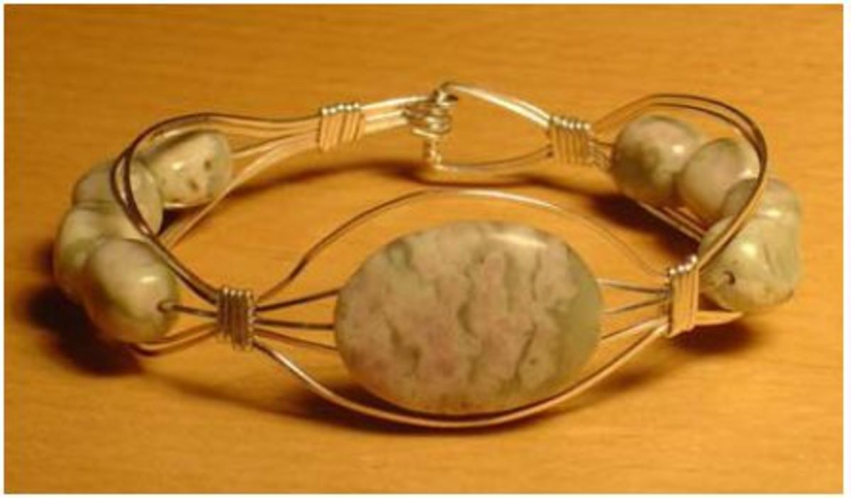 wire wrapped bracelet by Sheri Herr of Lotus Beads