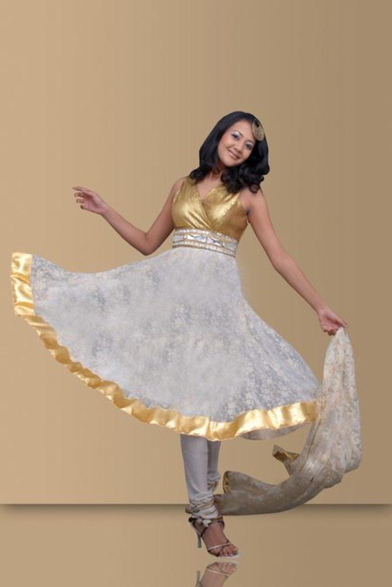 White and gold Anarkali Salwar Kameez