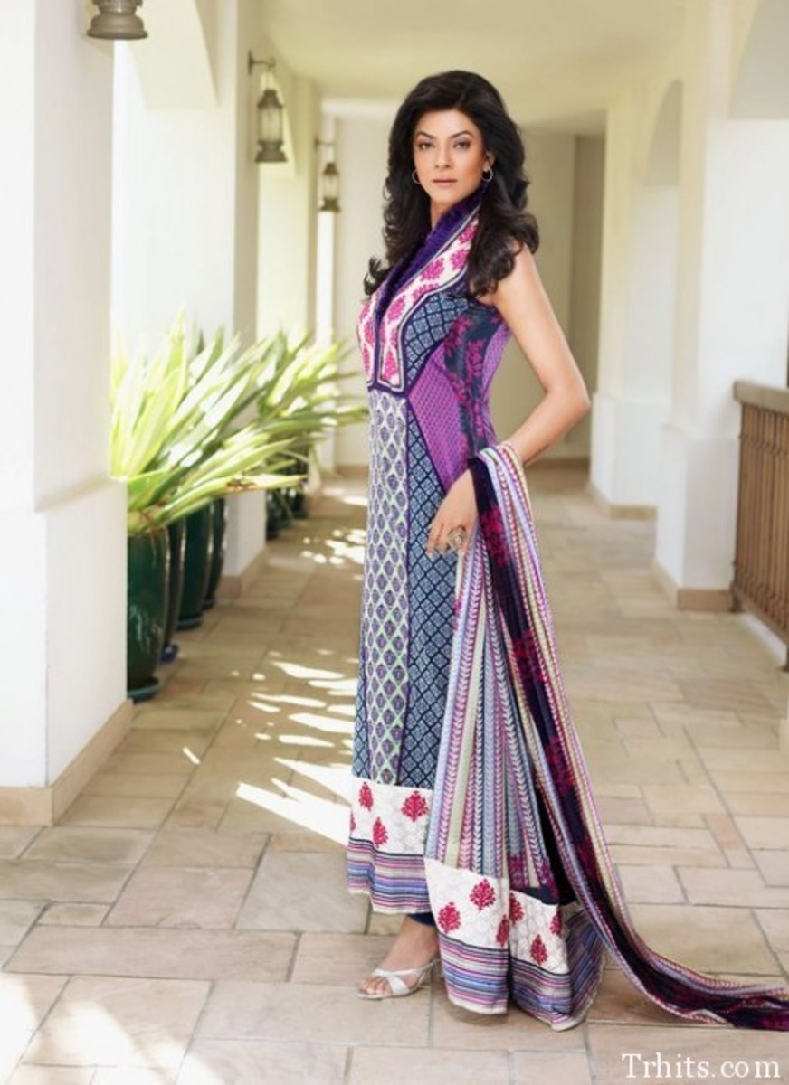 Very long kameez but it still looks very fashionable.