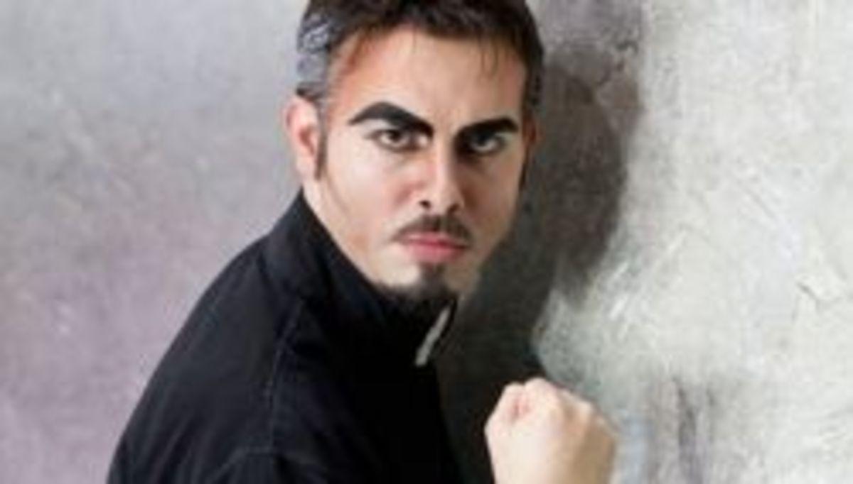Marco Manca as Frollo
