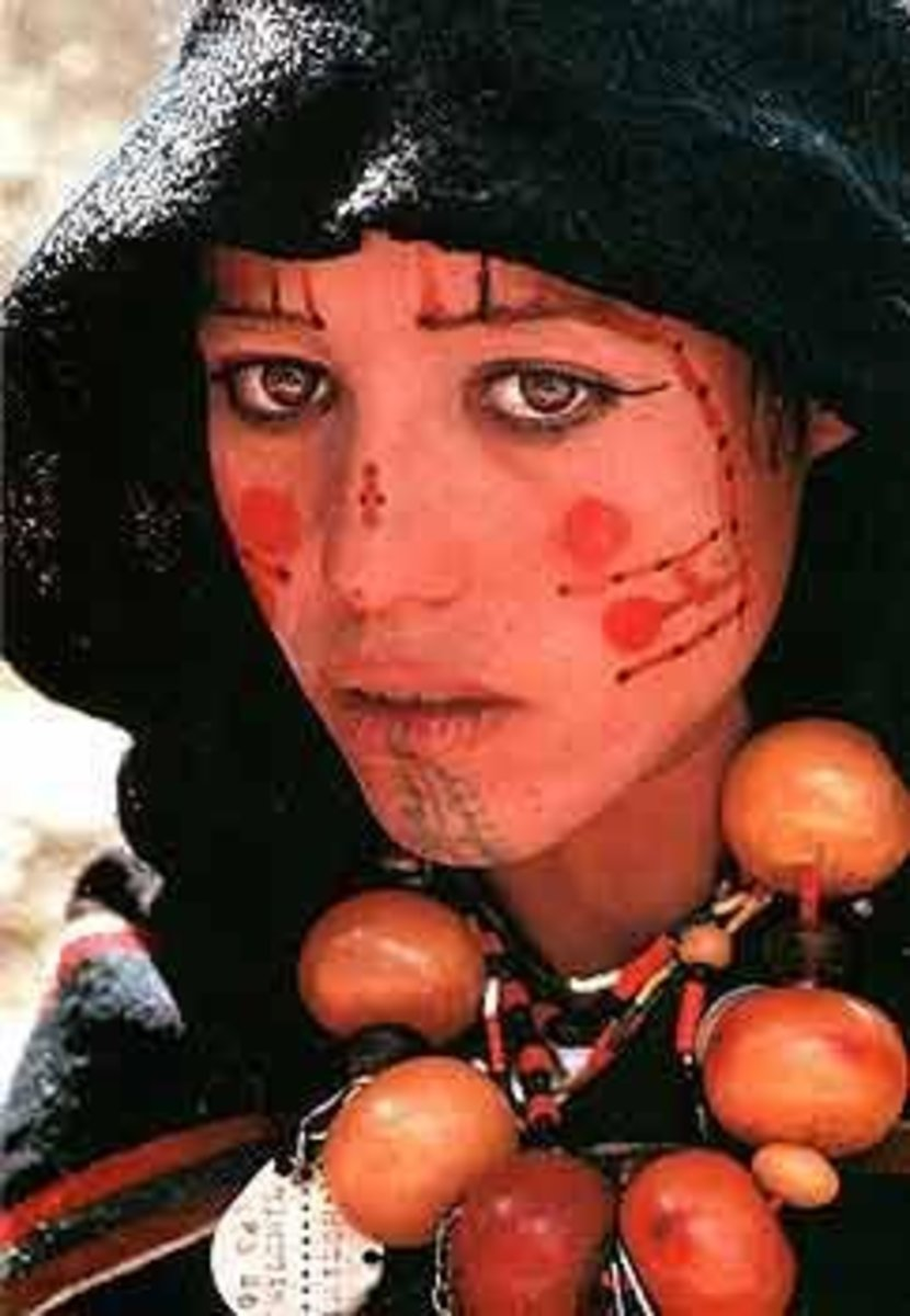 Markings in the Moroccan Amazigh style.
