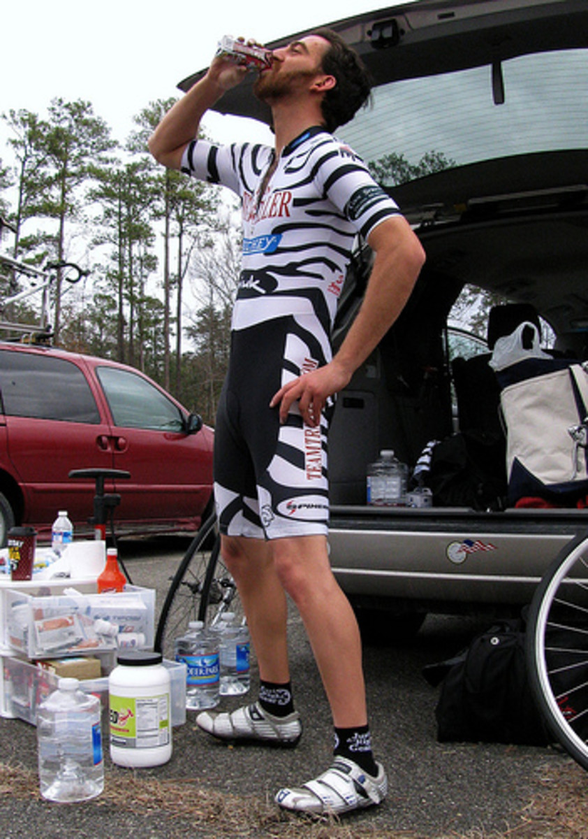 Careful selection of sports nutrition is required for endurance performance.