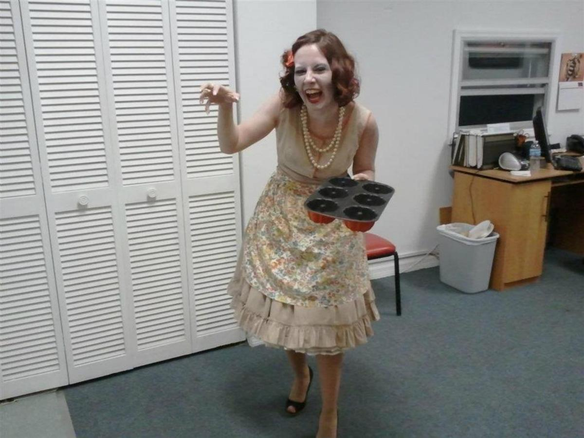 Me as a Dead 50s Housewife This Year!