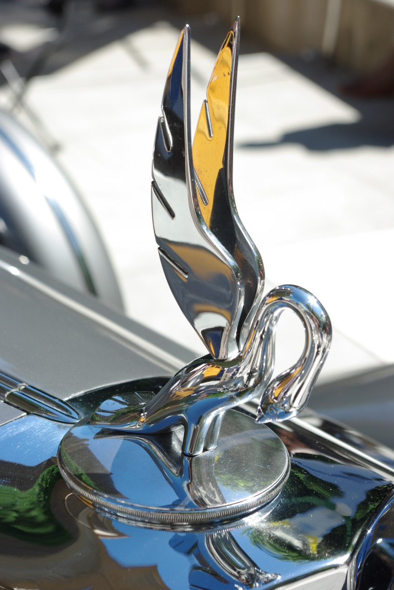 hood-ornament no. 5