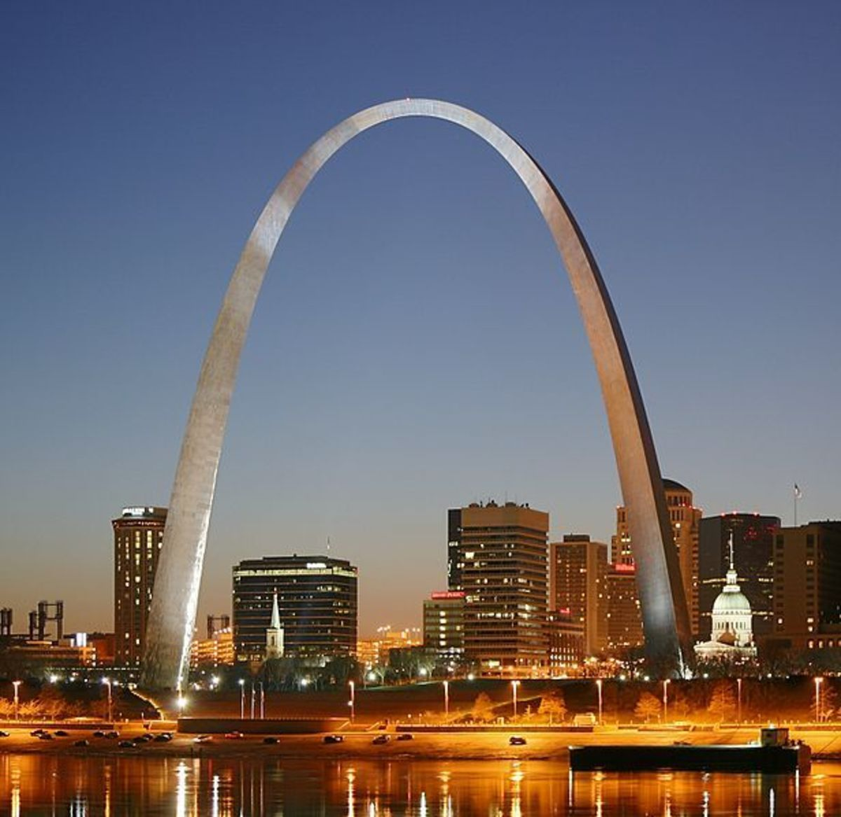 Photography on the Mississippi River - St. Louis Gateway Arch