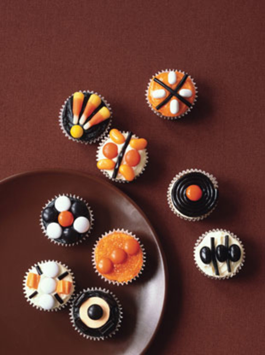 More Candy Cupcake Inspiration (stringoftheories)