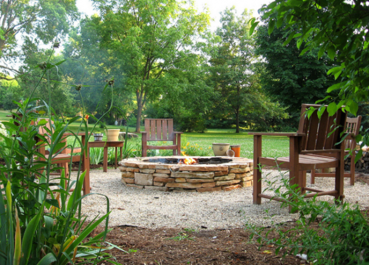 diy-garden-crafts-outdoor-decoration-ideas-tutorial-roundup