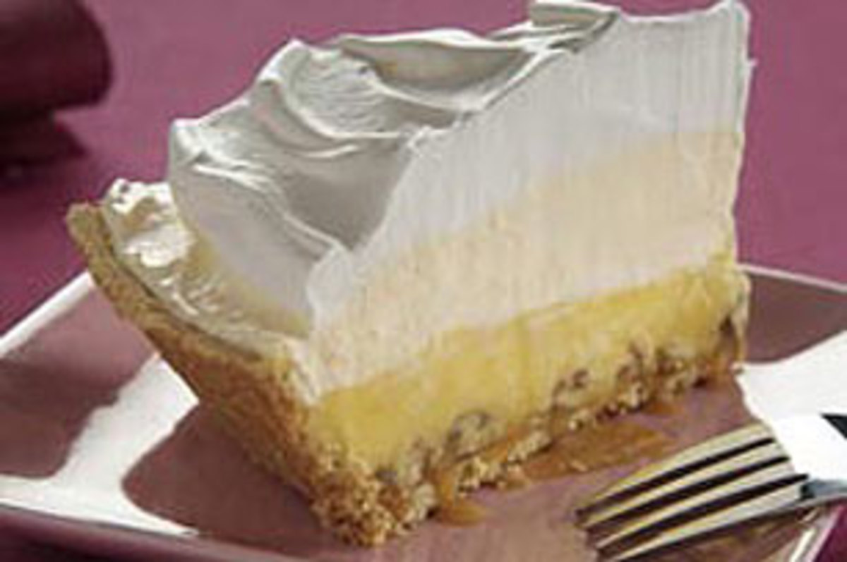 Triple Layered Eggnog Pie
