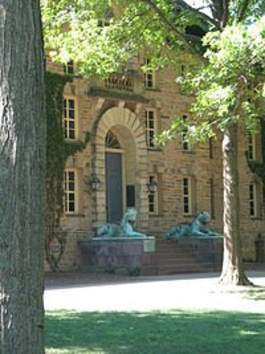 Front entrance to Nassau Hall