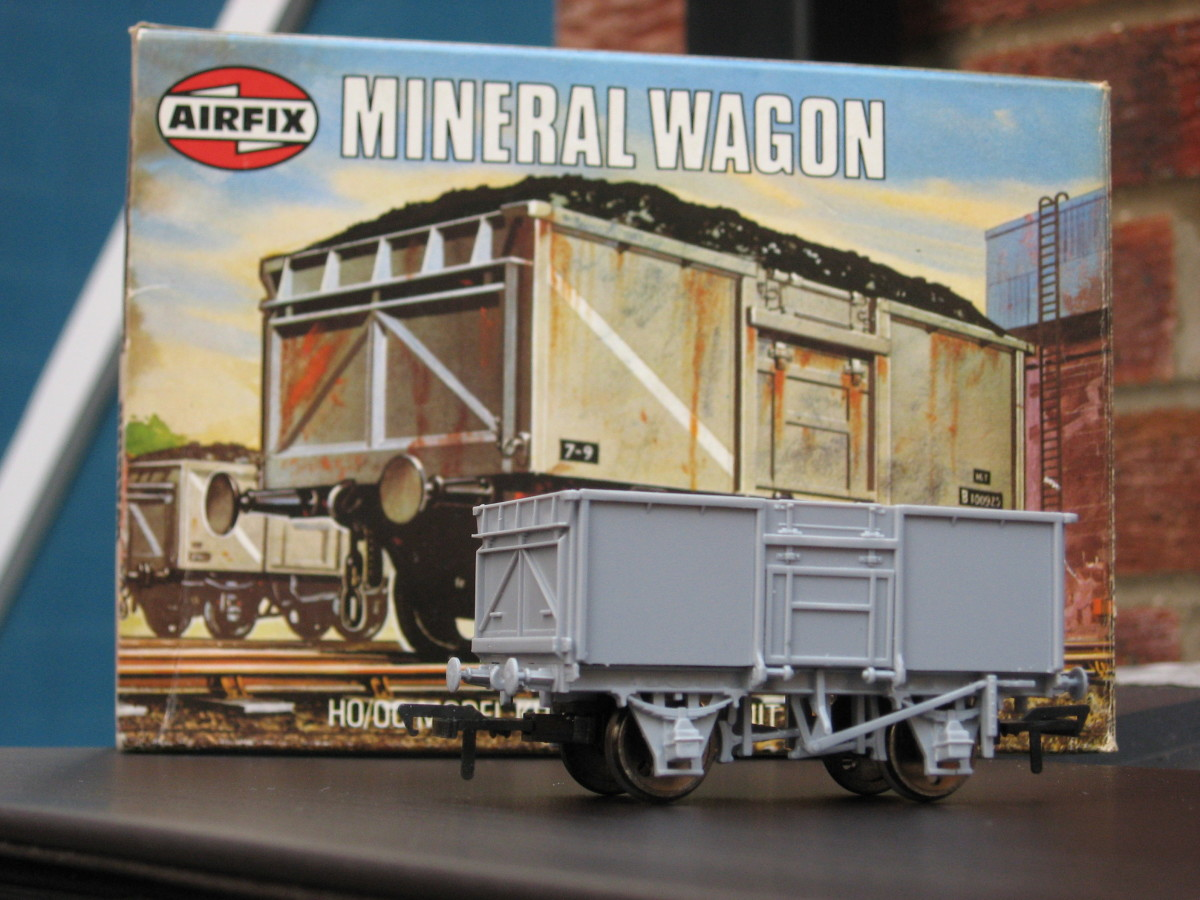 Remember these from the 1960s onward? Airfix has since been acquired by Dapol and this packaging - behind the assembled model - has passed into history. Worth something though! pinterest