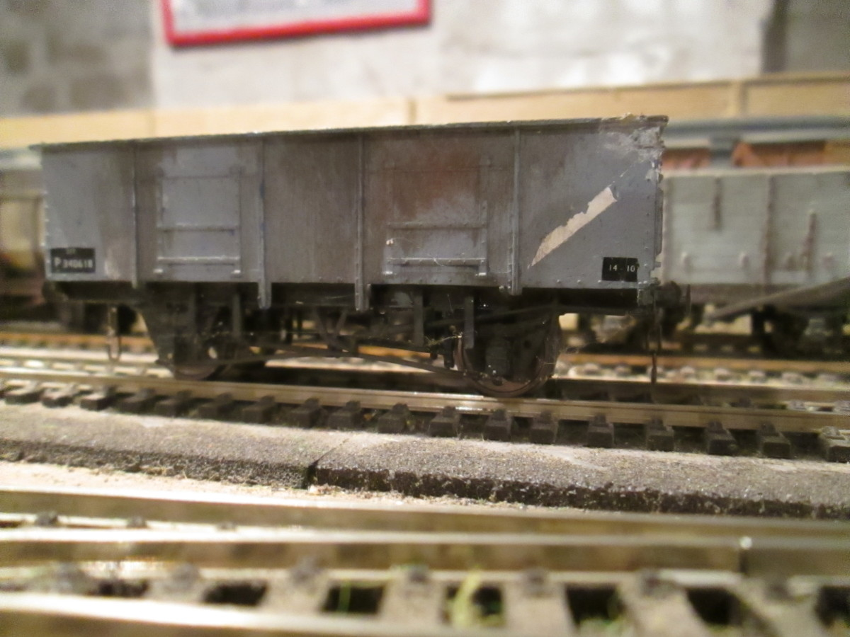 Private Owner 21 ton mineral wagon for coal traffic that originated in the Western Region - some wagons ended up all over the place (a Dapol model, I think - I've weighted the wagon where the name showed on the underside)