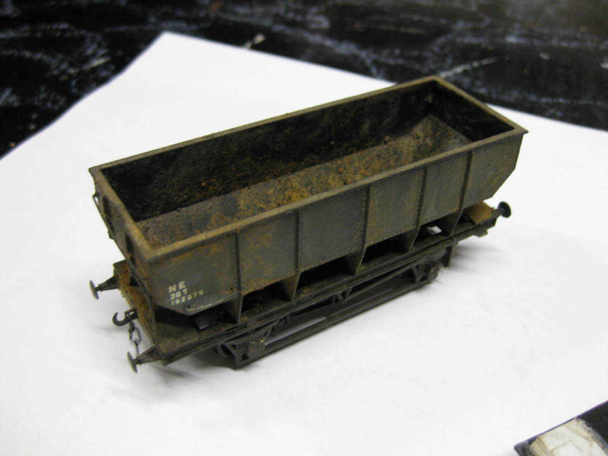 LNER-built steel hopper in mid-1940s livery prior to re-liverying to BR light grey - weathered to show heavy use (Dapol)