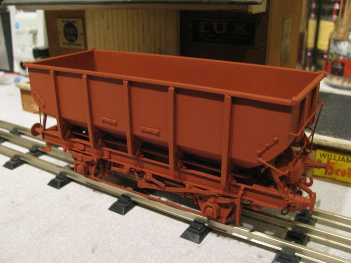 BR 21 ton steel hopper Dgm 1/146 16,800  built Shildon 1952-58 with grease axleboxes, with roller bearings from the 1960s. A batch was fitted with sheet rails for use in grain traffic between London Docks and Welwyn Garden City (cereal production)