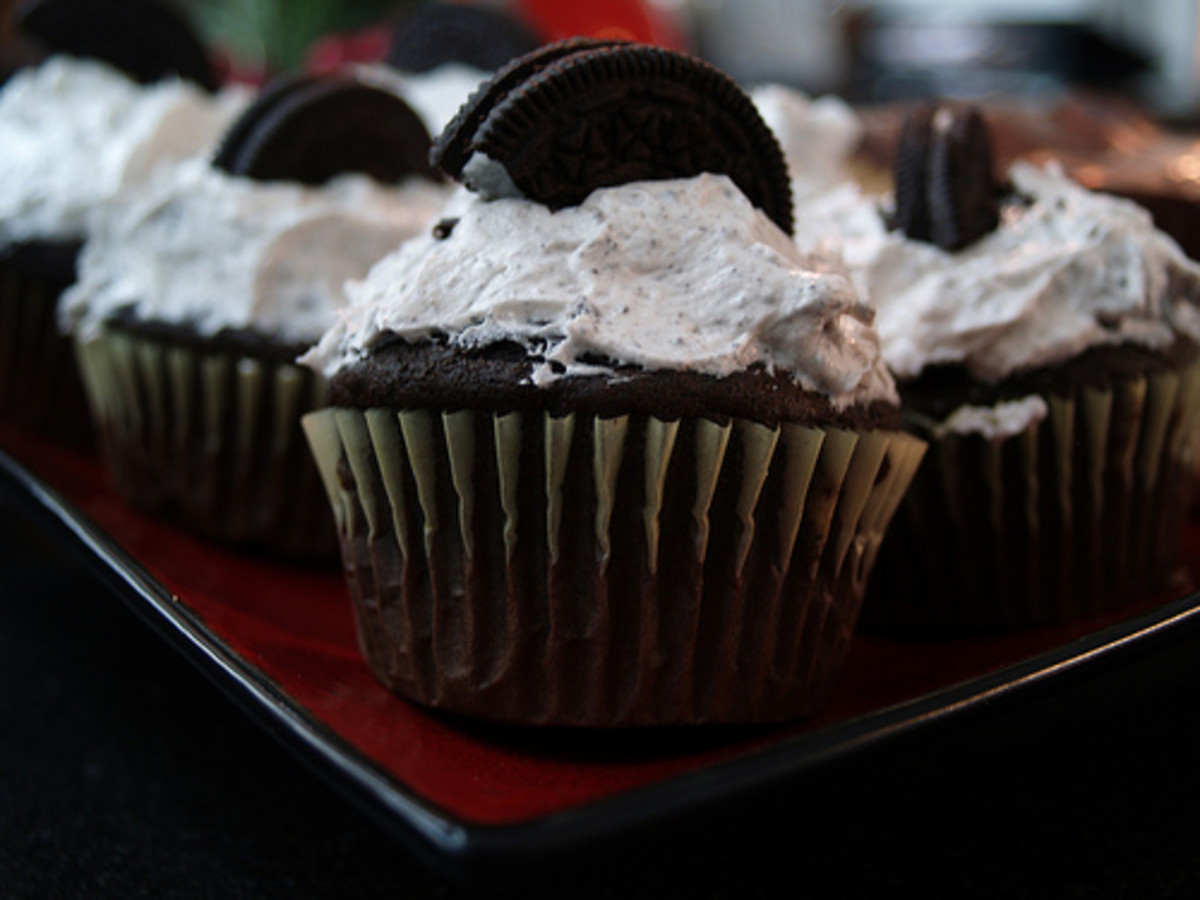 Delicious Cookies and Cream Cupcake Recipe