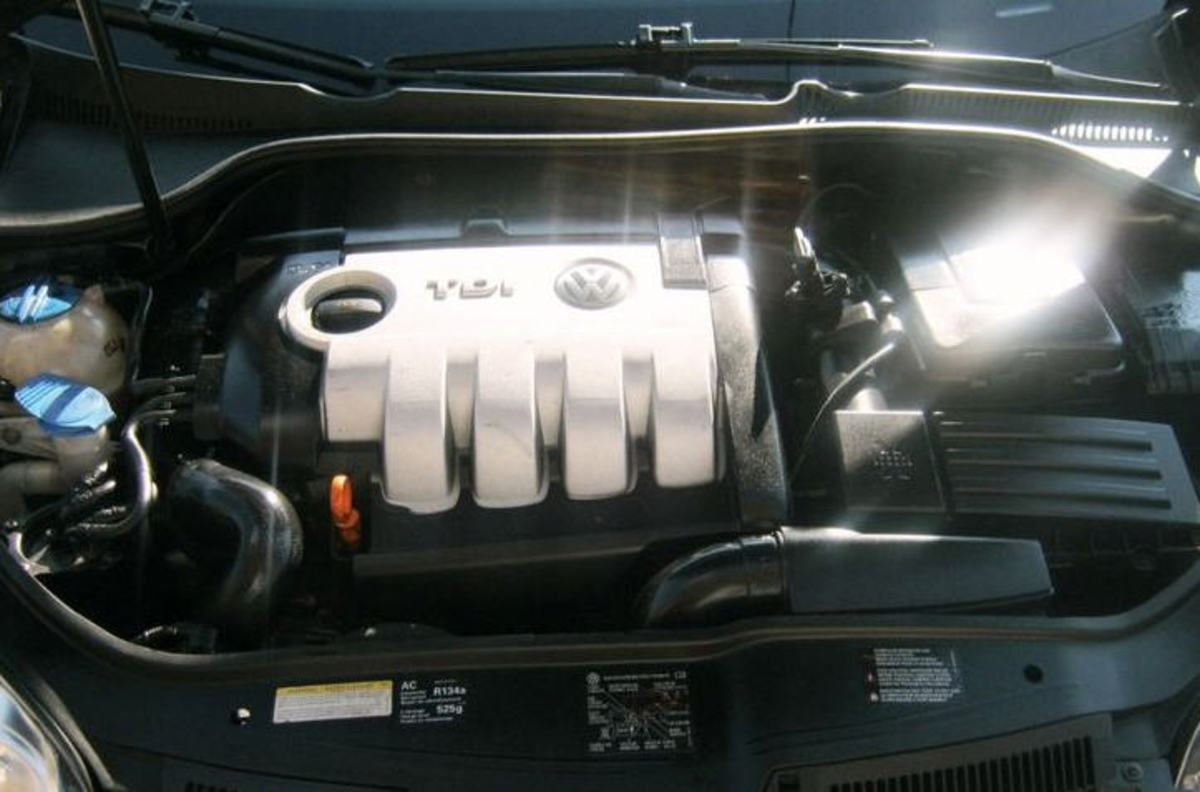 The amazing 4-cyl. diesel engine with very little exhaust trace