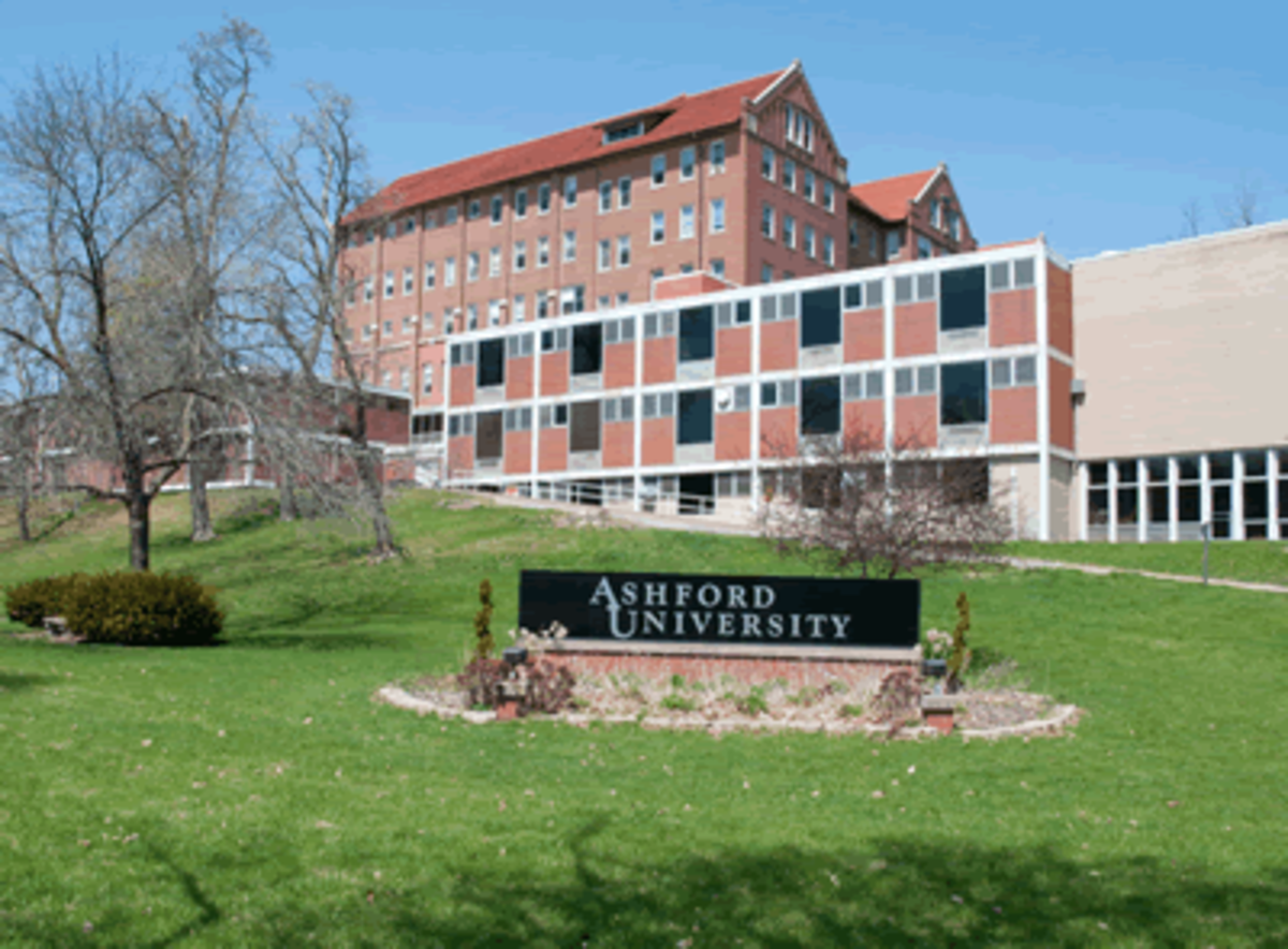 Ashford University campus in Clinton, Iowa