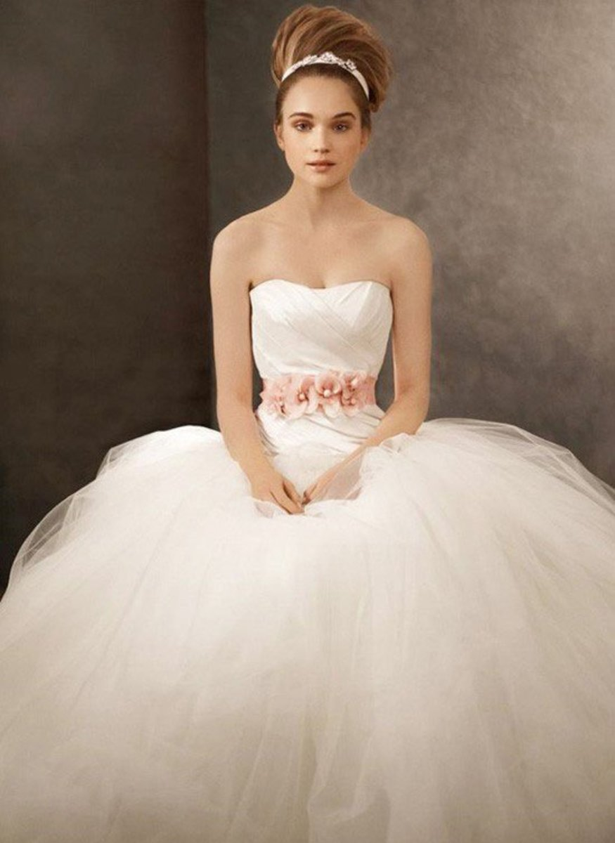 Wedding gowns – guide for short, curvy, chubby and skinny brides