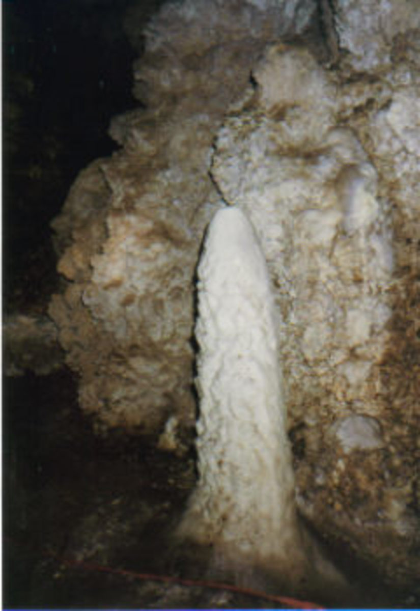 Formation inside Christmas Tree Cave