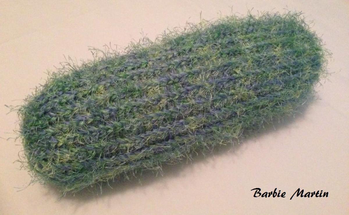 Knifty Knitter Neck Pillow