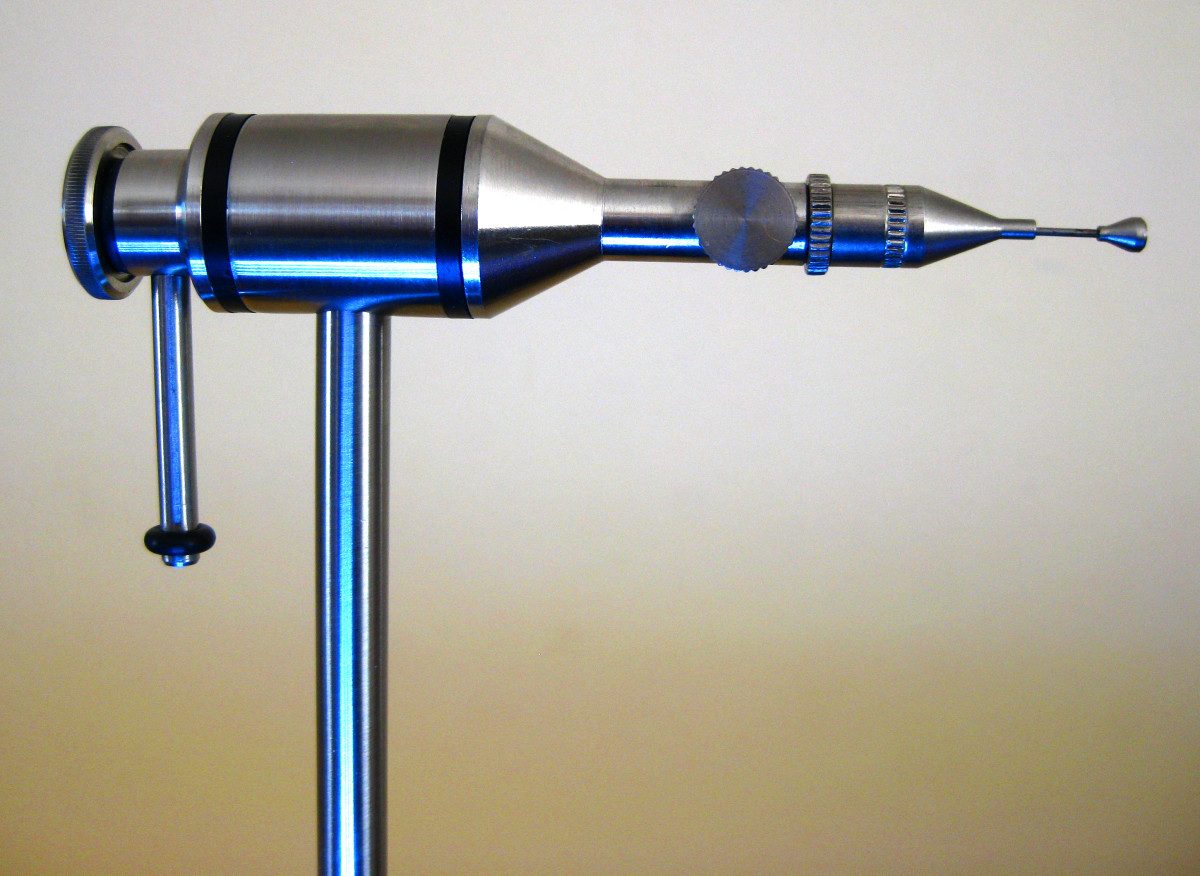 The Snowbee Waldron accepts an optional tube fly conversion which retains the precision rotary capability of the vise.
