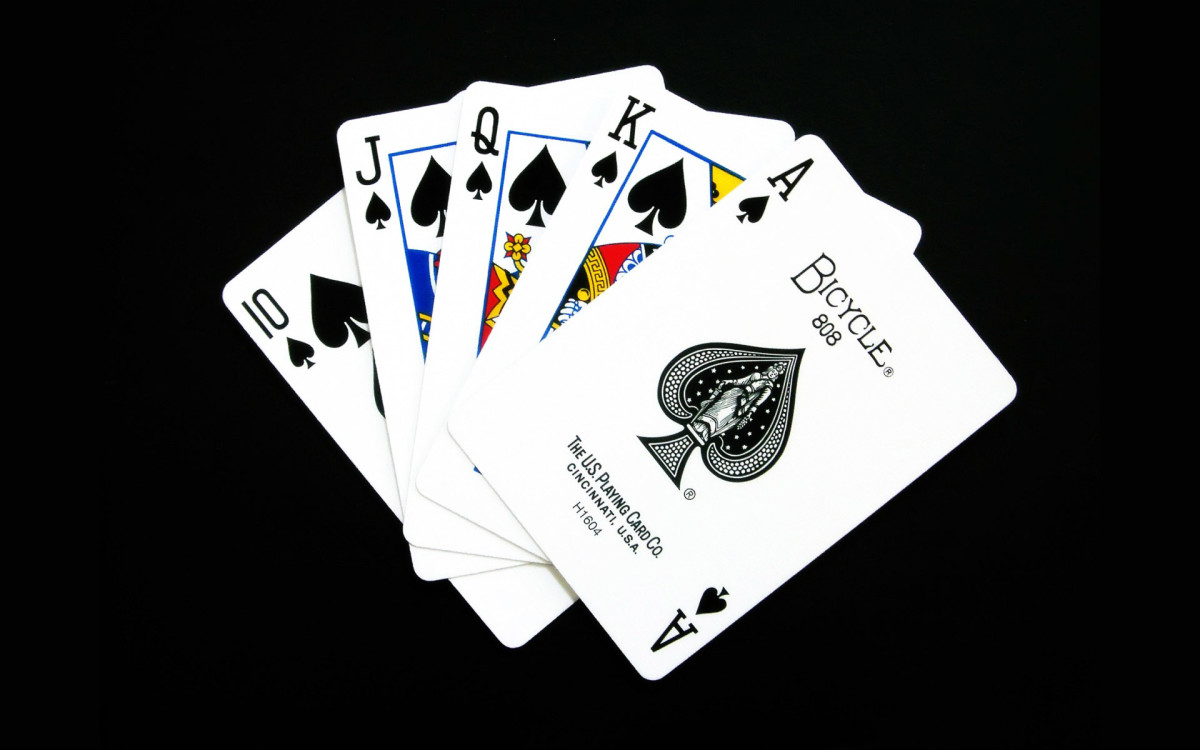 A ROYAL FLUSH: THE BEST POKER HAND