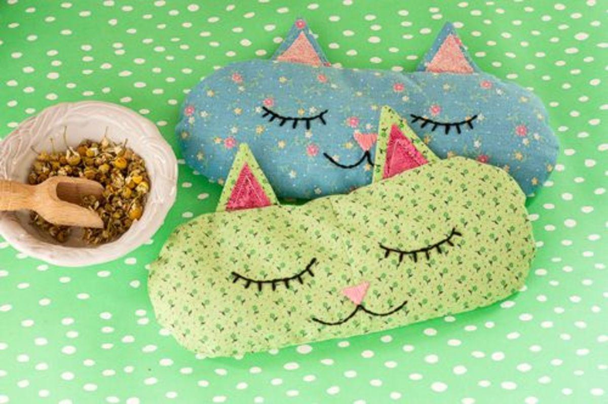 35 Choice Cat Crafts
