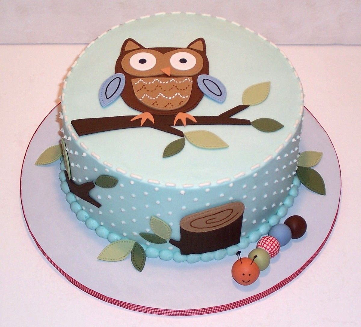 Blue Owl Shower Cake (http://marj-theicingonthecake.blogspot.com/2011/02/baby-owl.html)