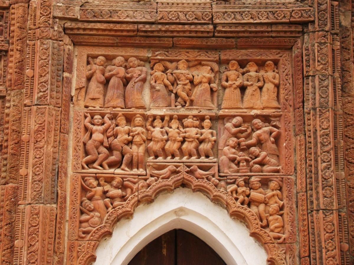 Terracotta art in Supur Twin Temples 3