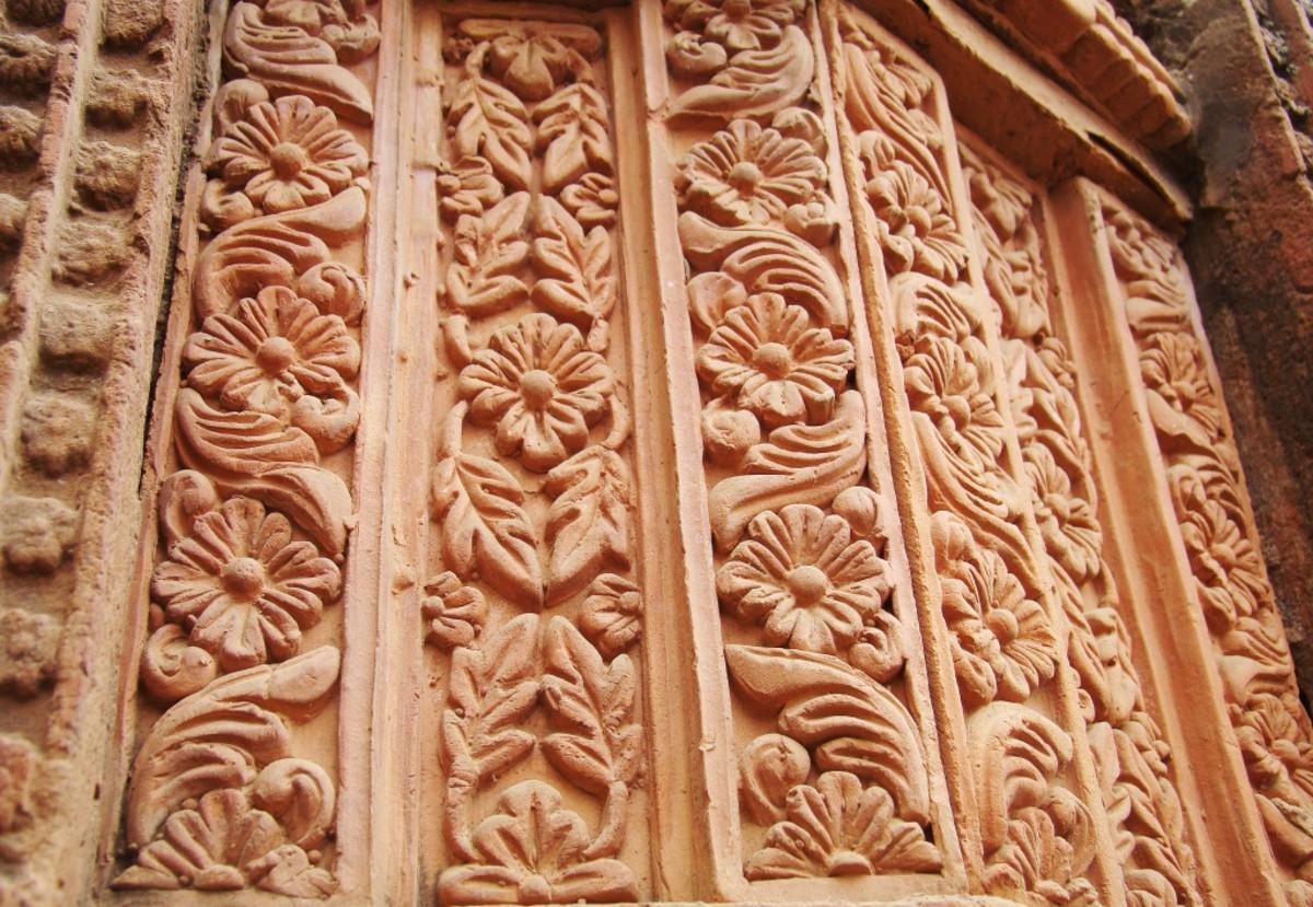 Terracotta art in Supur Twin Temples 16 (Floral motif)