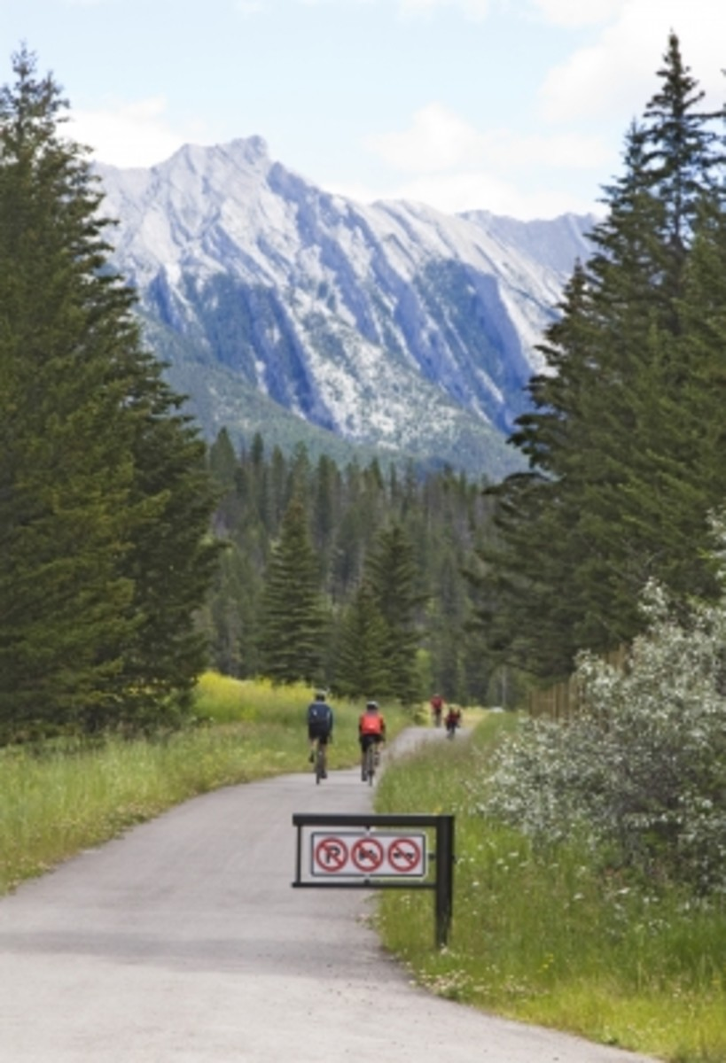 Bicycle touring in the mountains