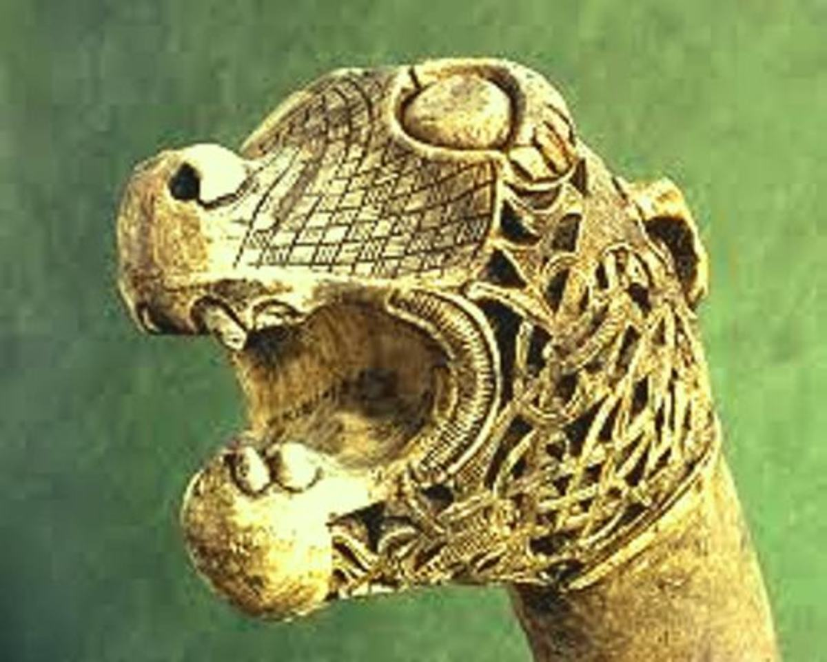 A dragon to strike fear into the hearts of men - needs to see the dentist in his old age! One of the Oseberg dragon-heads
