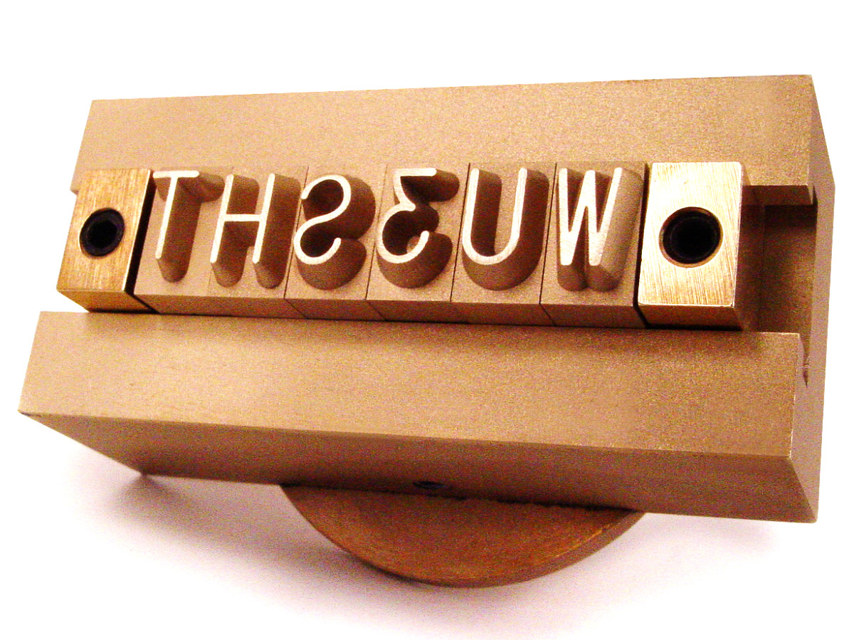 wood branding iron with interchangeable characters
