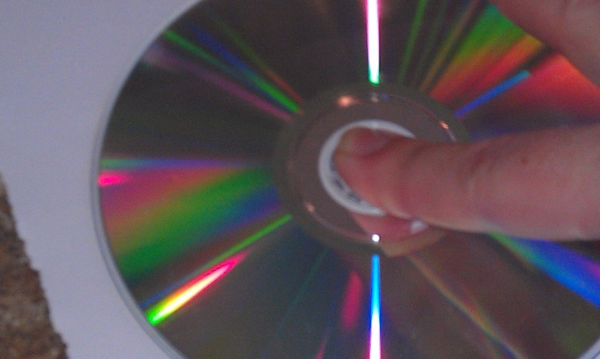 I placed my finger in the center of the cd in order to hold it in place while I traced