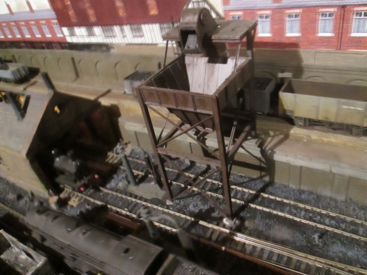 Looking down on the loco coaler. It works by pulling a plastic drawer to allow the finely ground coal through