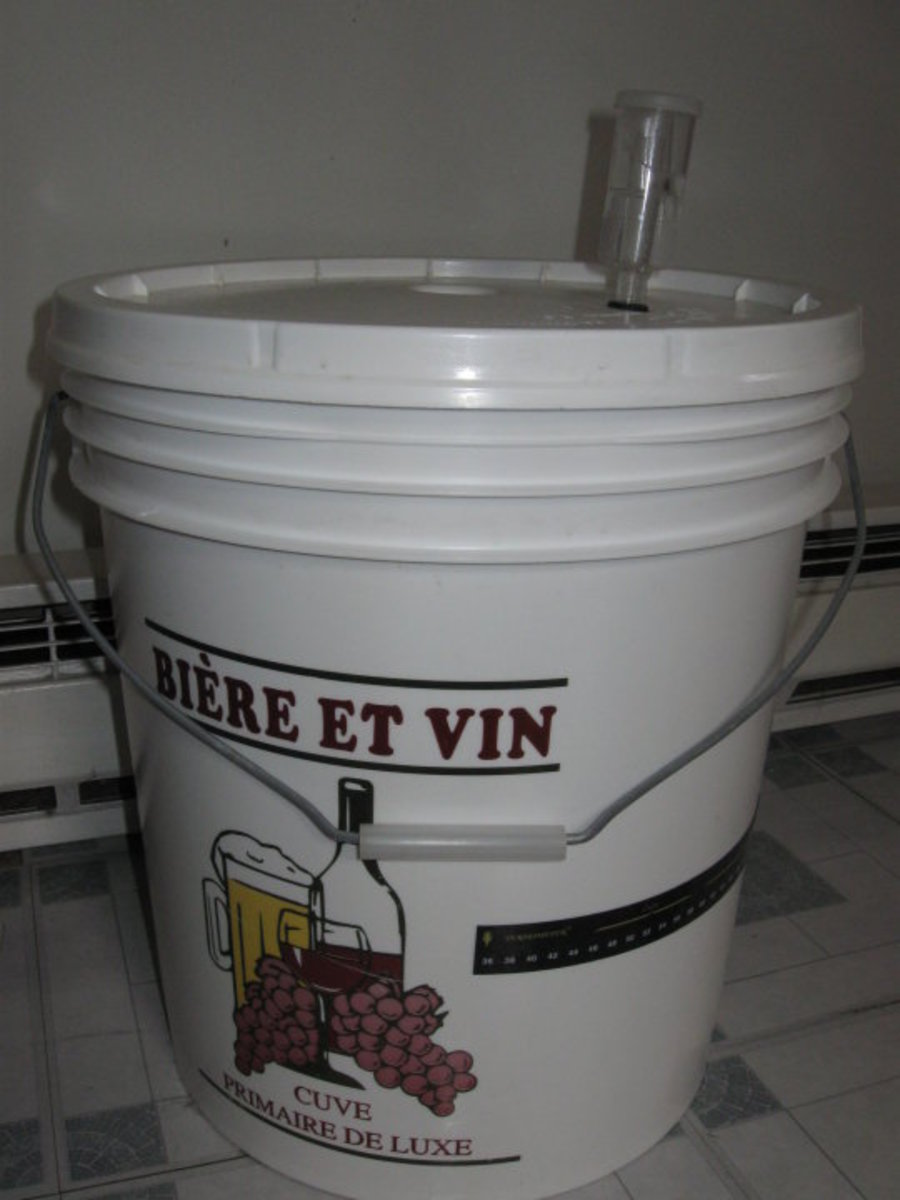 Making wine. Primary fermenter.