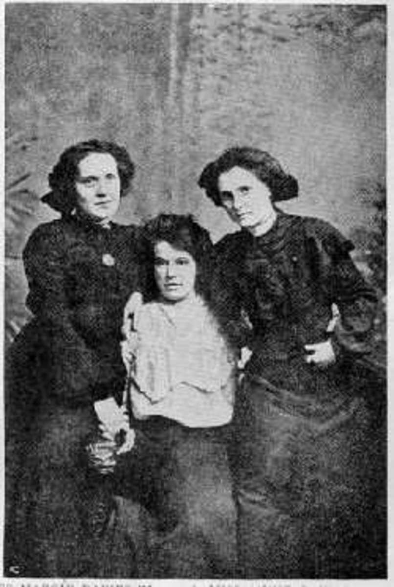 The Singing Sisters of the Welch Revival. There ages were between 18-22 years old.