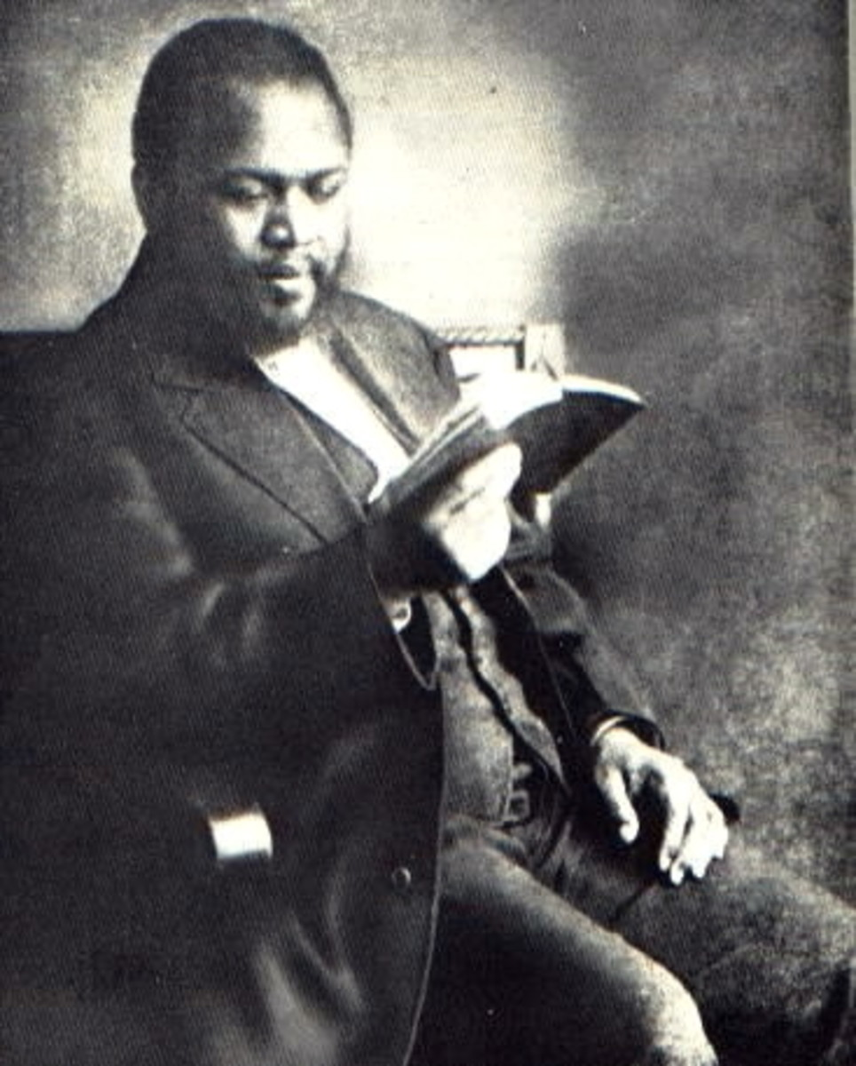 William Seymour, leader of the Asuza Street Revival, personally corresponded with Evan Roberts. The two revival's fed off each other!