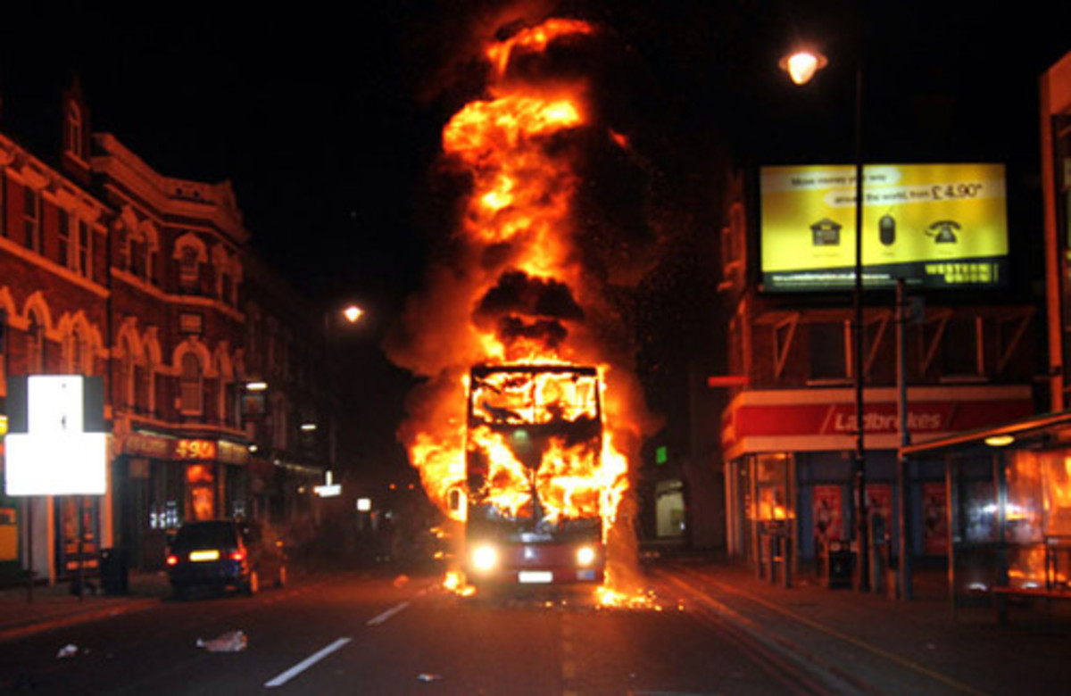 London - political riots 2011