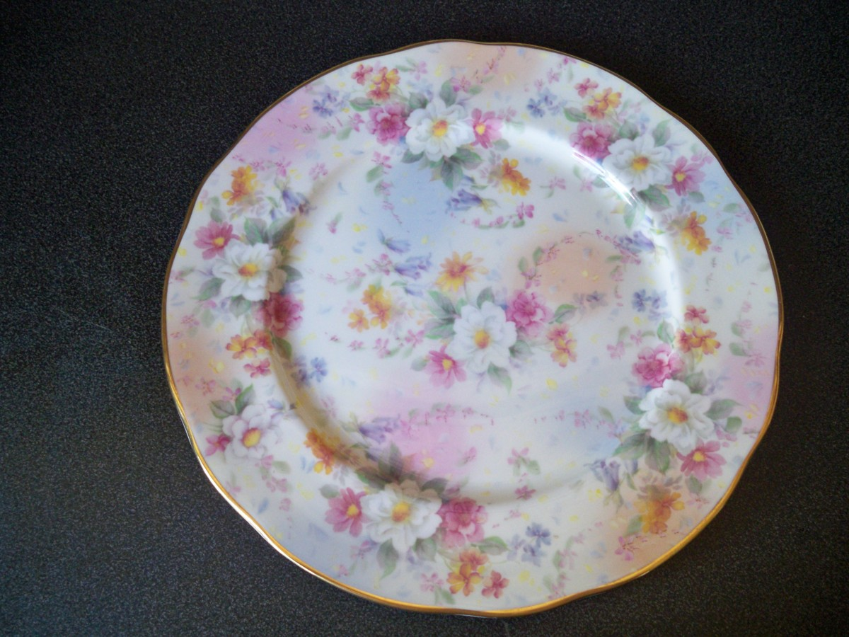matching plate in pastel colours