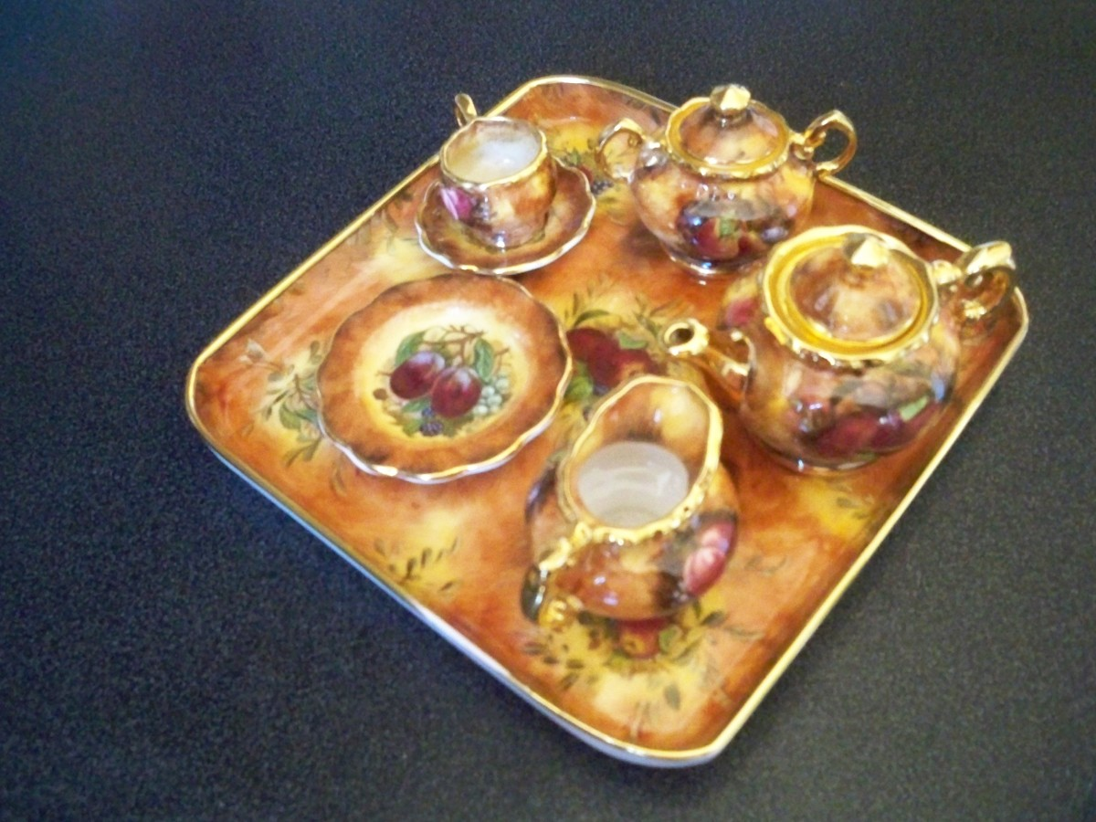 """My minature tea set that I thought was """"Eveshan"""""""