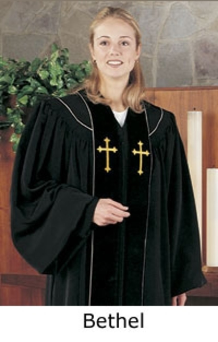 Note the subtle difference in the Women's Clergy Robe! See the shoulders, the tucks, the blouse like arms and cuffs? This a Woman's Clergy Robe For Sure! This robe featured is from Robe.com.